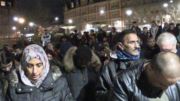 Hundreds attend vigil for Christchurch victims