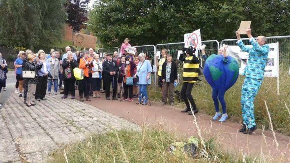 Calls for wildlife corridor in Owlerthorpe fields